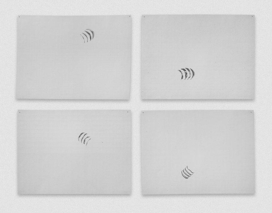 [ Movimientos de unas branquias ] políptico compuesto por cuatro dibujos de unas branquias formando el bucle de un movimiento. Grafito sobre papel. (21 x 29 cm. 2018)