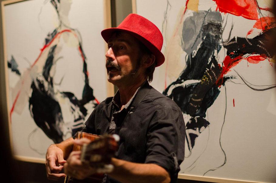 Balade musicale, dans le cadre de l'exposition Ici et Là-Bas,  Migrations. Galerie d'Art le Rez de Chaussée, Nantes - Novembre 2016