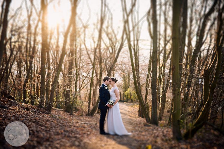 Wedding-sunset-brid-groom-Hochzeit-Wald