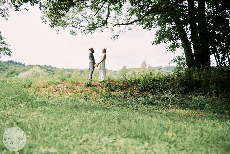 Hochzeit-freie Trauung-Vintage-Spitze-Gefühle