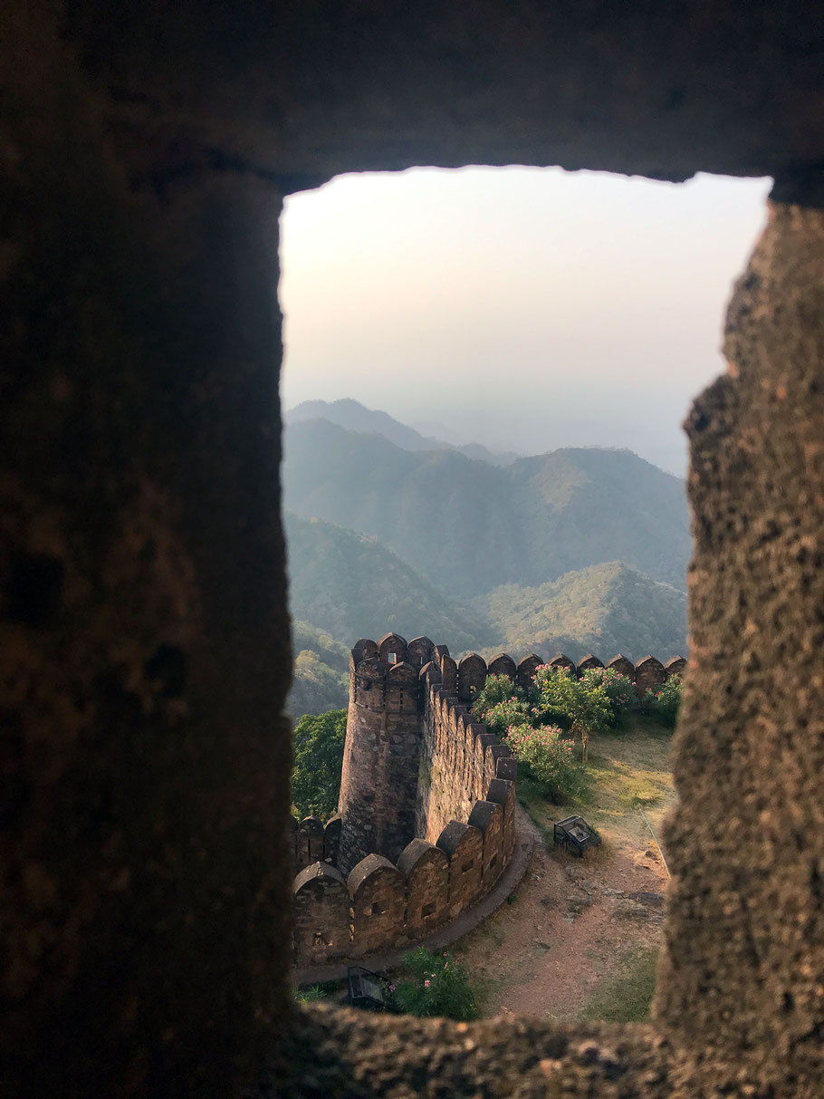 Ausblick vom Kumbhalgarh Fort