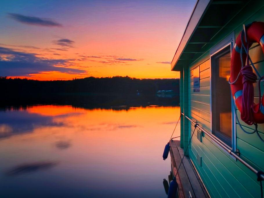 Bunbo Hausboot, Lindow Hausbootvermietung, Brandenburg,