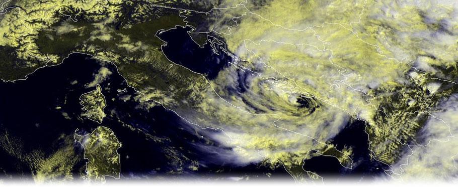 © Meteosat 9 / Eumetsat | Medicane über der Adria