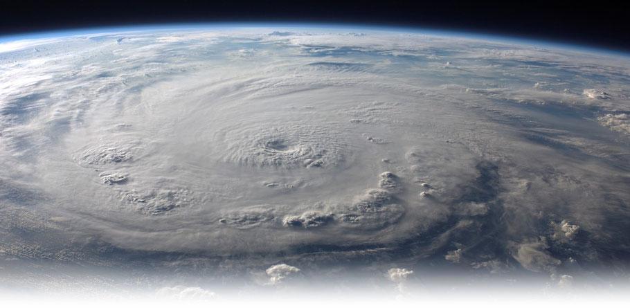 Bildquelle: NASA | Ein Mitglied der ISS photographierte Hurrikan Felix am 03.09.2007,  als dieser die Kategorie 5 auf der Saffir-Simpson-Hurrikan-Skala hatte.