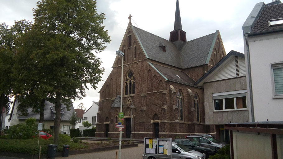 Pfarrkirche und Pfarrzentrum Sankt Barbara in Bonn-Ippendorf