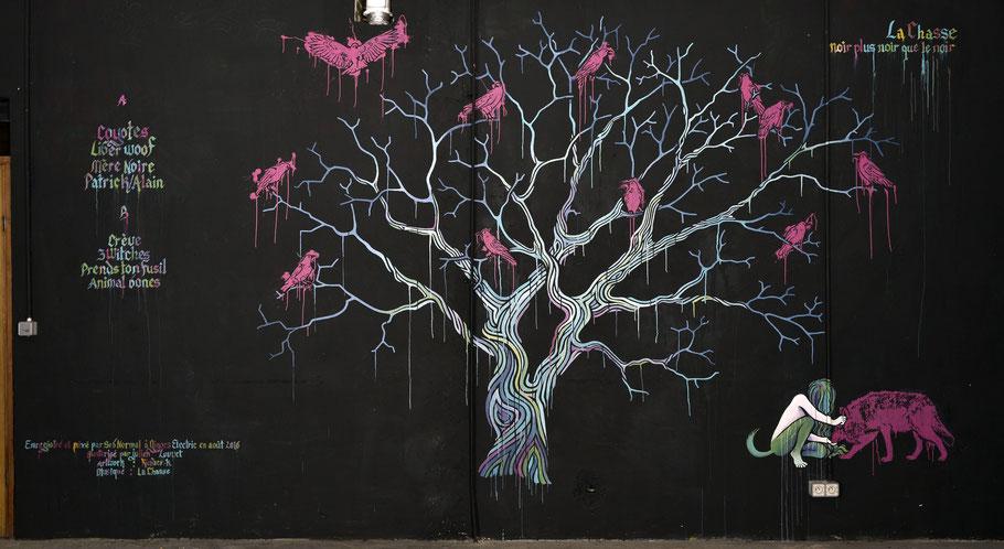 LA CHASSE /  Photo de fresque murale aux Pavillons Sauvages pour une jaquette de vinyle (Toulouse) / 2017