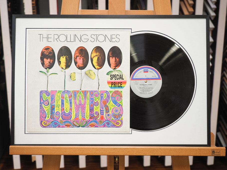 LP-Schallplattenrahmen aus schwarz gebürstetem Aluminium.