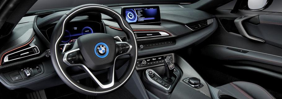 Bild: Cockpit eines BMW