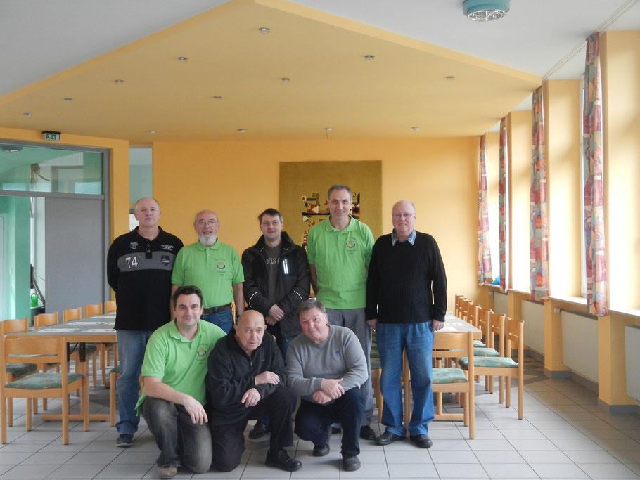 von links: Wolfgang Kratz, Horst Müller, Markus Lorenz, Frank Schlieker, Adolf Schwehla. Unten: Klaus Filbrich, Hermann Hoßfeld, Albrecht Wetzler