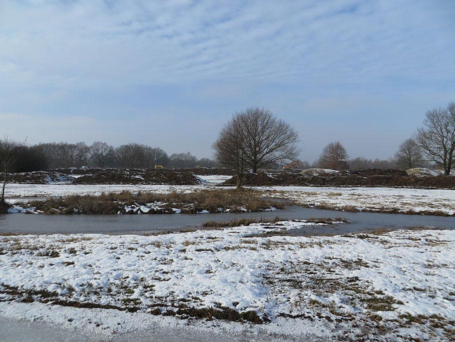 Graafwerkzaamheden onder winterse omstandigheden in januari 2017.