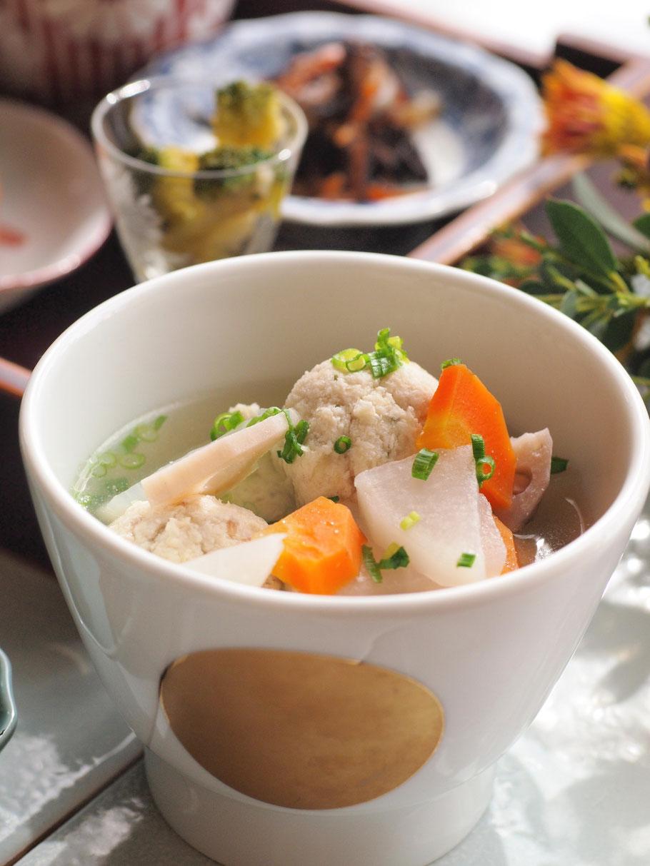 団子 スープ 鶏