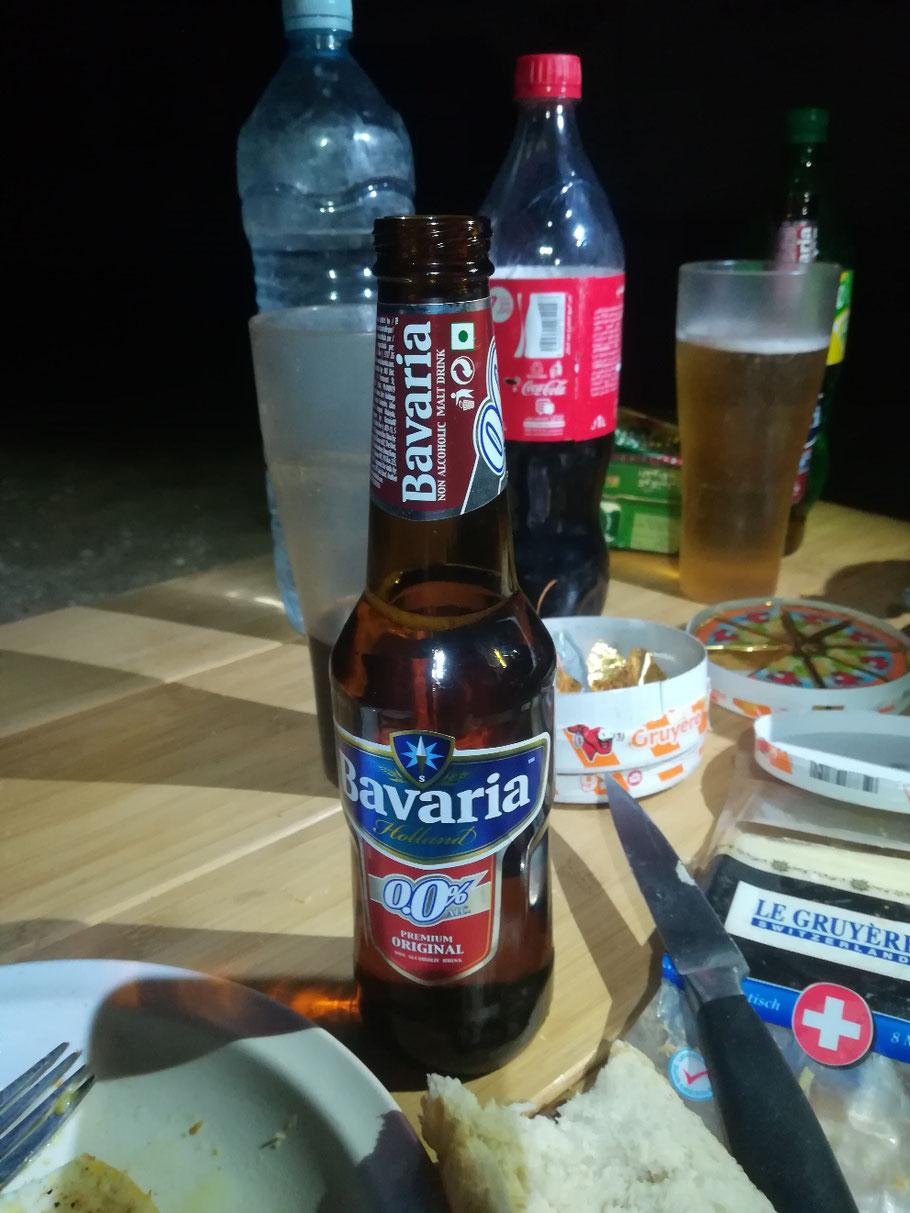 """""""Bier"""" ist hier schon zu bekommen, leider ohne Alkohol und schmecken tut es furchtbar... Aber um sich ein Radler zu mischen taugt es schon"""