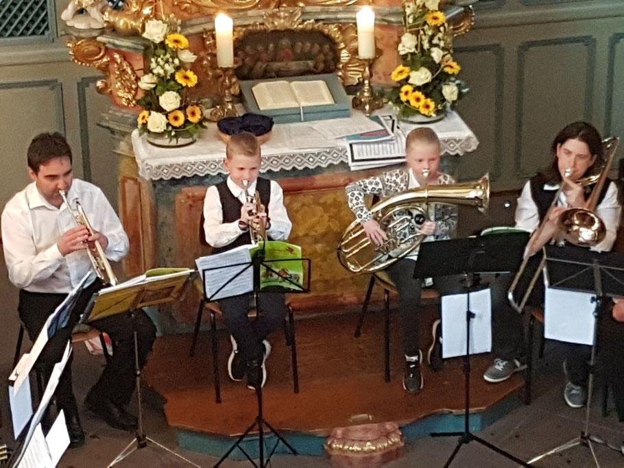 Jungbläser 2017 beim Jahreskonzert des Posaunenchores