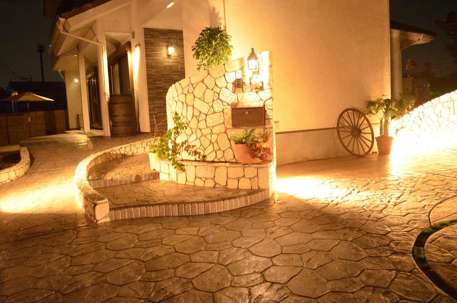 デメリット 失敗 劣化 剥がれ はがれ 色落ち 色褪せ 耐久性 経年変化 スタンプ デザイン コンクリート 滑る 滑り  スタンプコンクリート ステンシル ファンタジー モルタル造形 デザインコンクリート タフテックス ローラーストーン