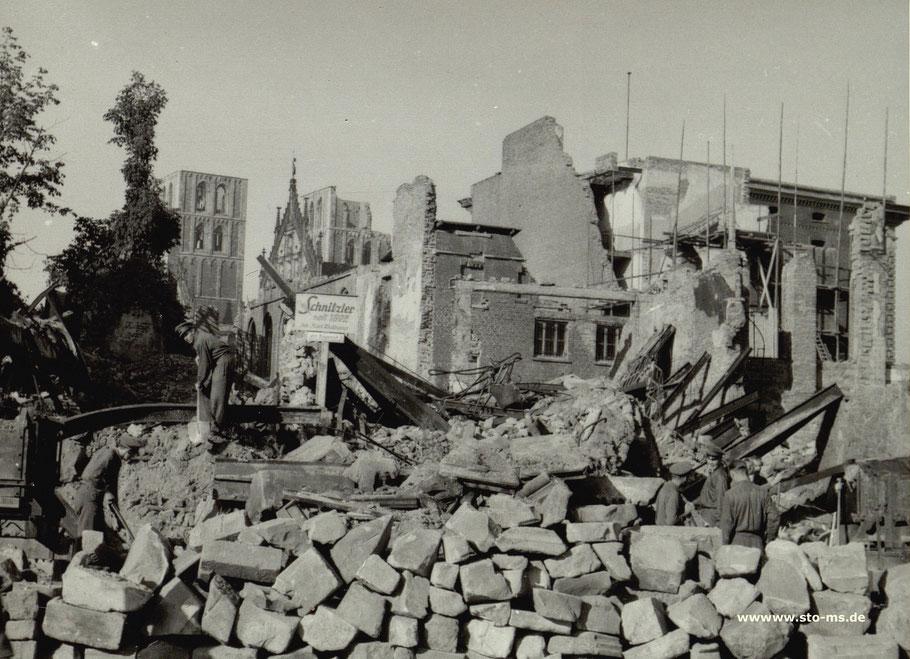 Oktober 1946 - Schild: Schnitzler jetzt Bogenstraße 3 - Archiv ULB