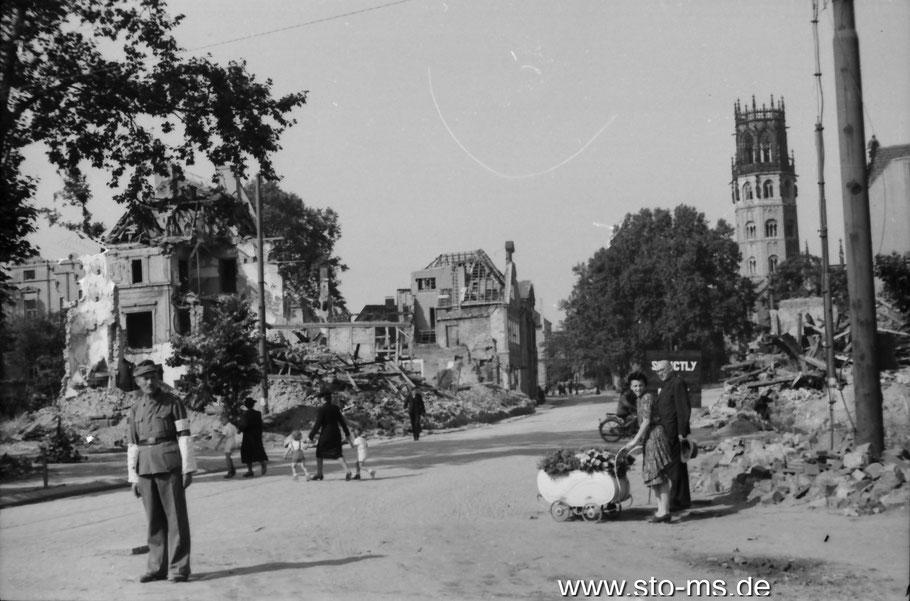 Sommer 1945 am Ludgeriplatz - Foto Carl Pohlschmidt - ULB Münster