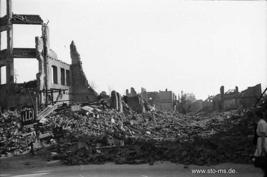 Sommer 1945 - Eingang zur Südstraße - Foto ULB