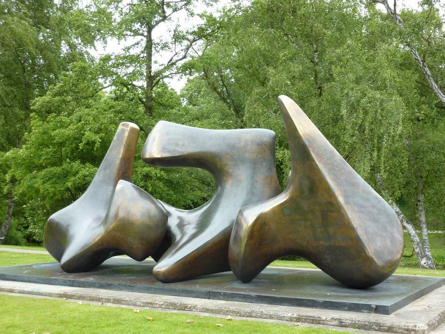 Henry Moore ,Wirbel'