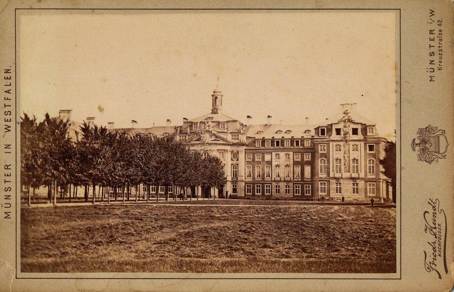 Friedrich Hundt um 1870 - Die Ulmenallee wurde bei Errichtung des Wilhelm I.-Denkmals gefällt.