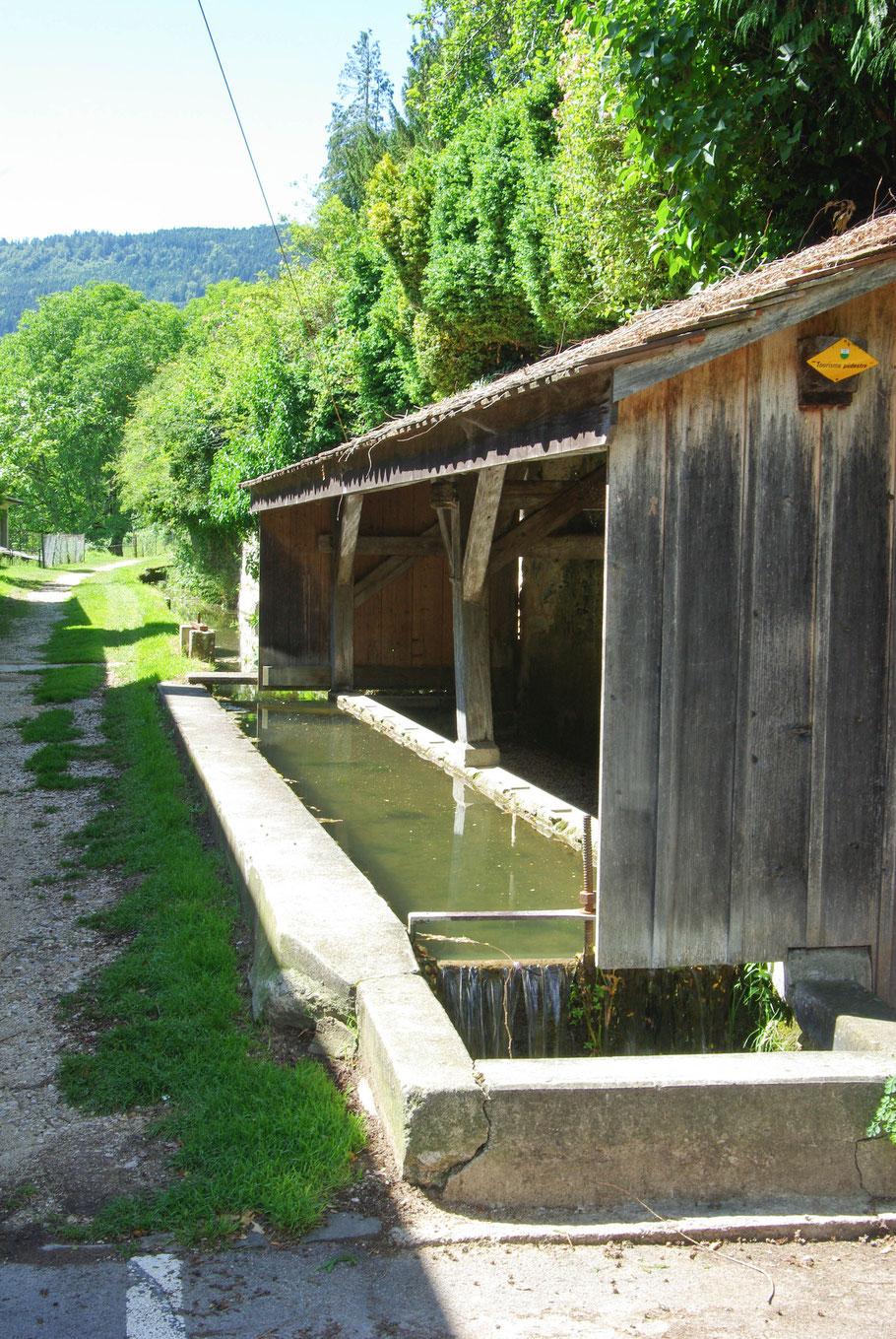 Lavoir (Romainmoûtier en Suisse)