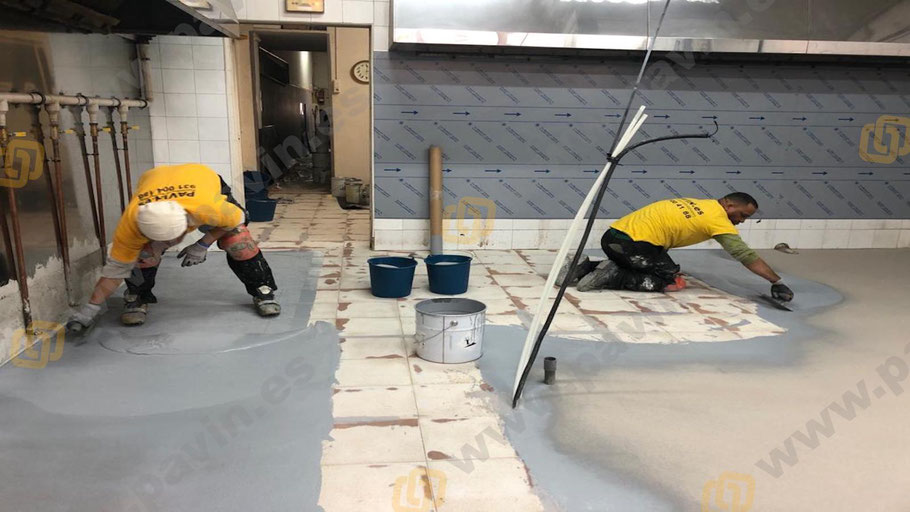 Pintar suelos con poliaspárticos con Grupo Pavin