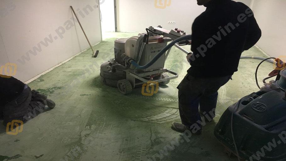 Detalle en el Dianovado de pavimentos industriales para la aplicación de suelos de resina para la empresa, aplicados por Grupo Pavin