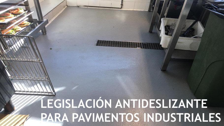 Legislación antideslizante para pavimentos industriales con suelos de resina aplicados por Grupo Pavin