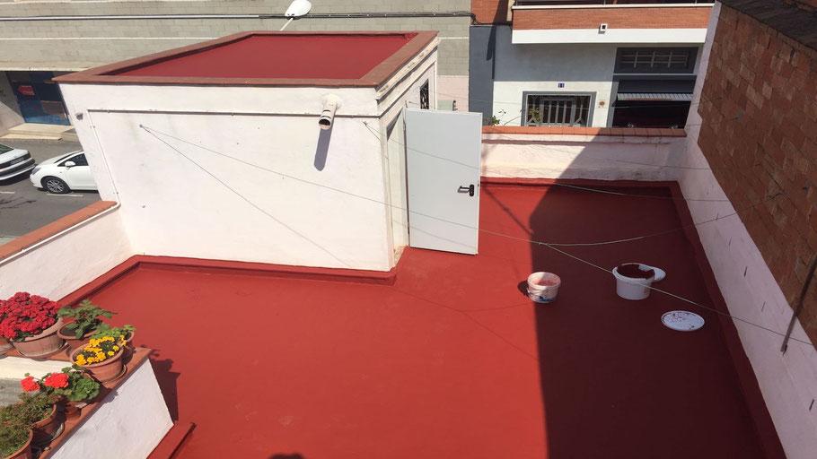 Suelos de resina para impermeabilización de cubiertas aplicados por Grupo Pavin