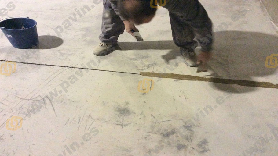 Controlamos y tratamos todos los detalles del pavimento industrial
