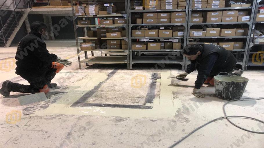 Reparación del pavimento de hormigón mediante el parcheo cementoso en los suelos de resinas para matricerías aplicados por Grupo Pavin