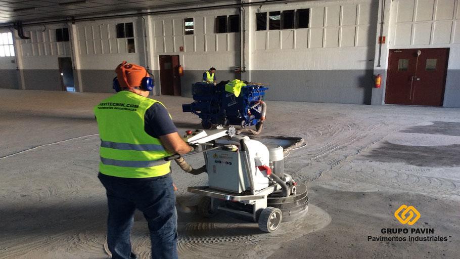 Pavitecnik,pavimentos,suelos,industriales,aplicación,resinas,nave,industrial