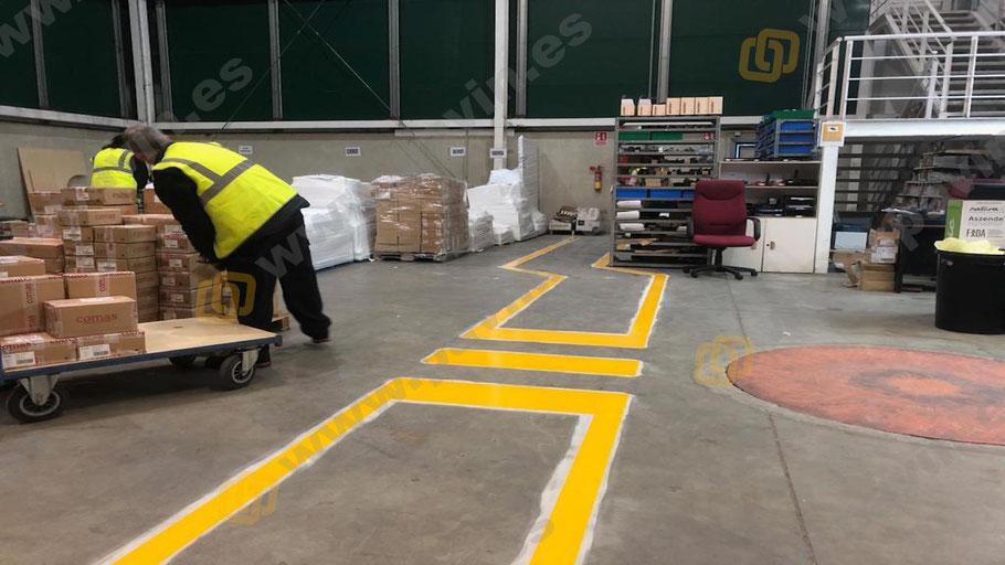 Grupo pavin realiza la señalización de pasillos peatonales en la empresa