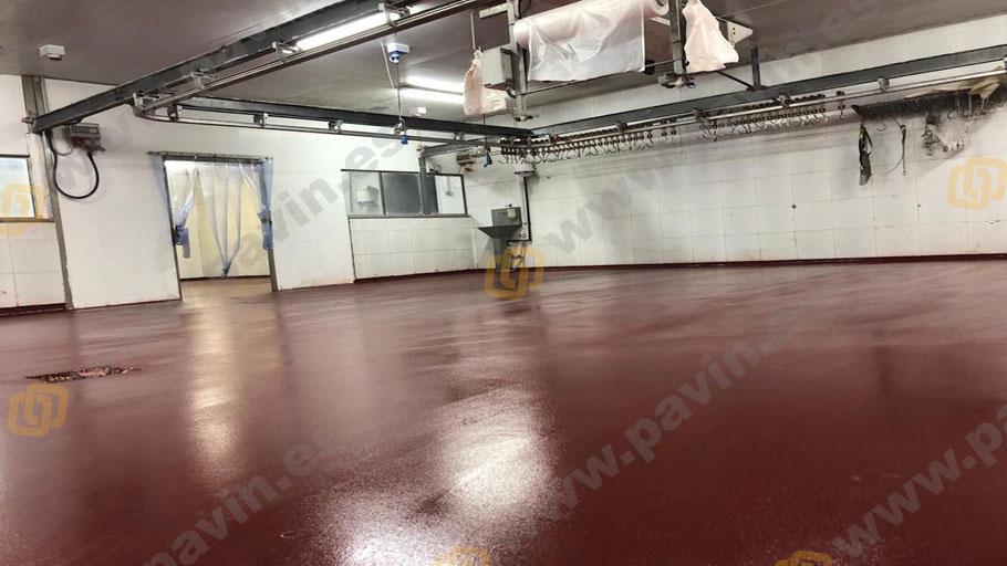 Grupo Pavin aplica suelos de resina para pavimentos continuos en empresas de alimentación