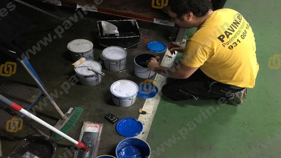 Preparación de la resina en los pavimentos industriales para el sector secundario