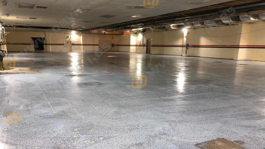 Imprimación arenada a saturación para la aplicación de pavimentos industriales para salas blancas ( ESD ) por Grupo Pavin