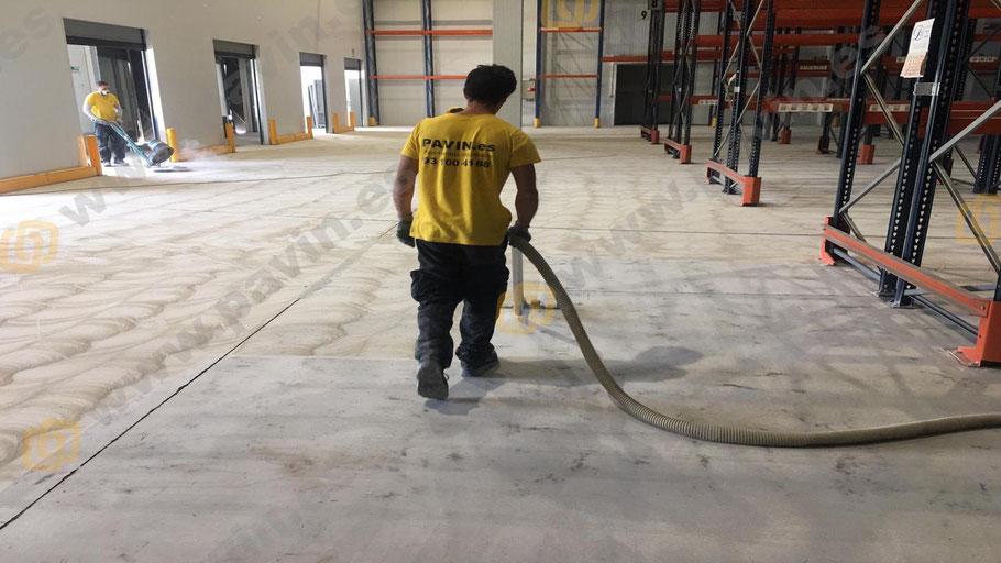 Suelos de resinas para pavimentos industriales para la logística y el transporte aplicados por Grupo Pavin