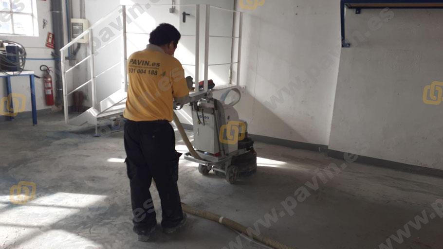 Desbastado mecánico de pavimentos de resina aplicado por Grupo Pavin