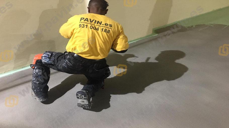 Medias cañas sanitarias para la aplicación de pavimentos industriales para salas blancas ( ESD ) por Grupo Pavin