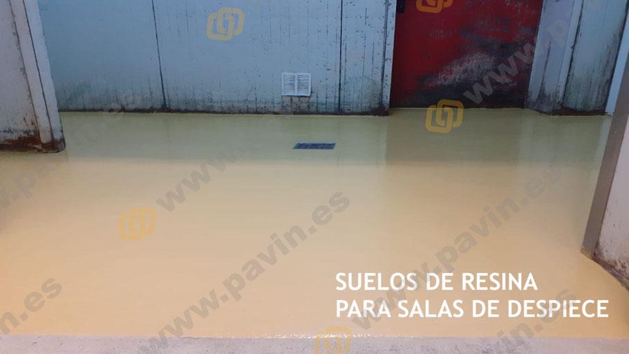 Suelos continuos para salas de despiece en el sector agroalimentario con pavimentos industriales homologados y antideslizantes