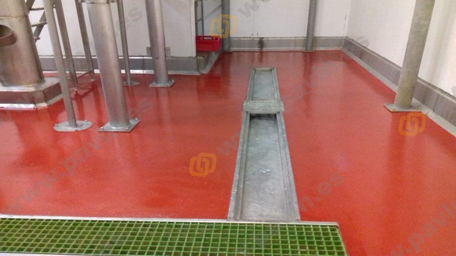 Suelos de resina para pavimentos agroalimentarios en industria cárnica aplicados por Grupo Pavin