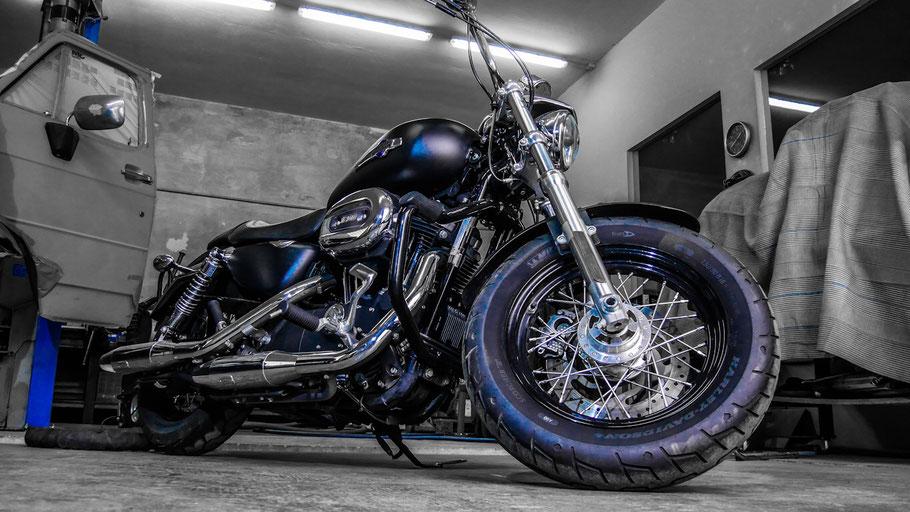 Trockeneisstrahlen Harley Bike.