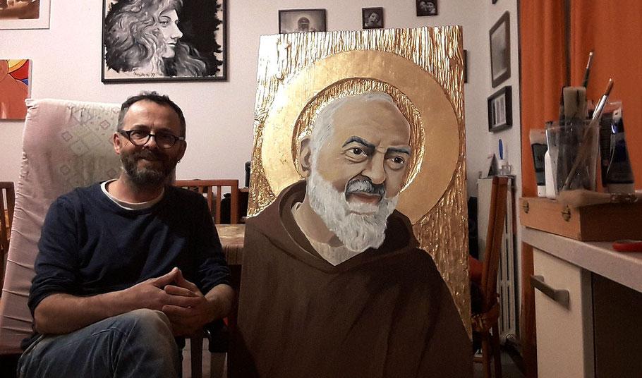 """""""Padre Pio"""" acrilici e foglia d'oro su tavola di legno scolpita. Aprile 207 - 100x60cm"""