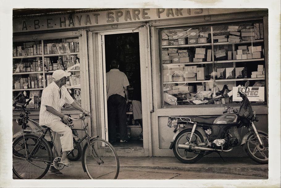 Mauritius old man on bicycle
