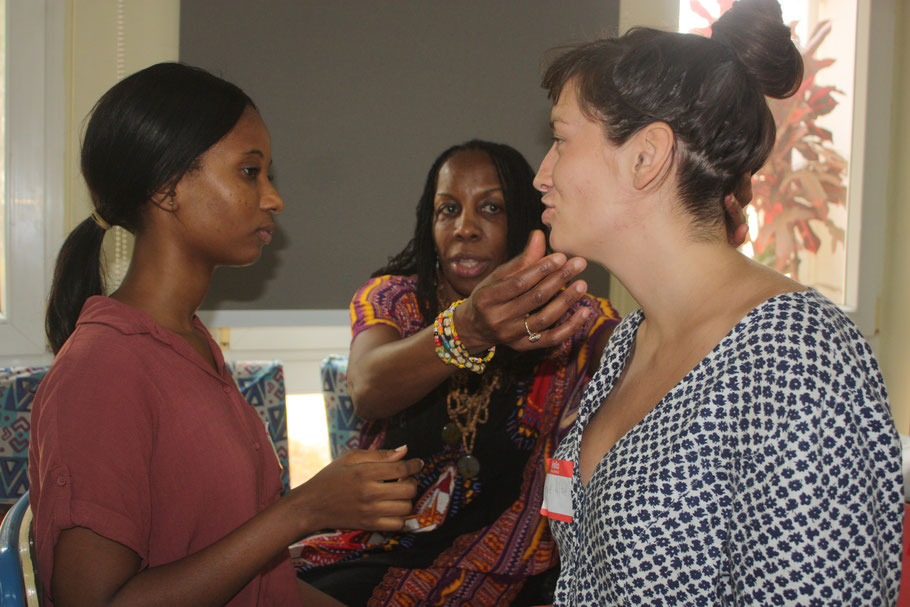 Cheryl Small-Jackson training Ghana's pioneering Speech and Language Therapists in a seminal three day workshop at Multikids. Sponsored by the Prompt Institute and Multikids Africa.
