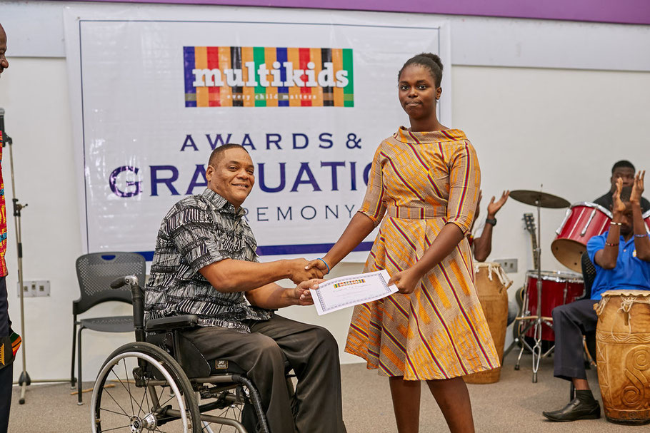 IGCSE Graduate 2018 receiving her School Leavers Certificate from the Hon Ivor Greenstreet.  We wish her all the best in her studies of Fashion Design at Joyce Ababio.