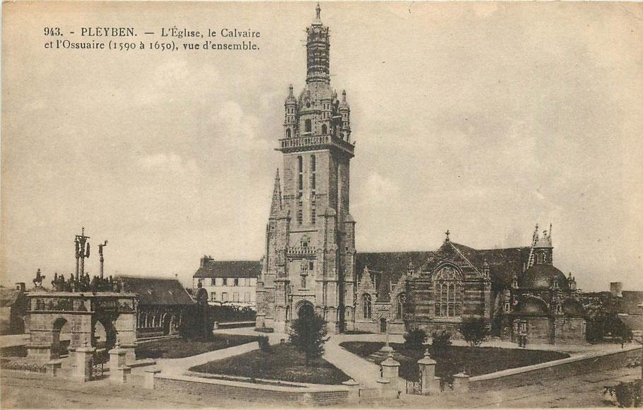 Bretagne Architektur Kalvarienberg von Pleyben