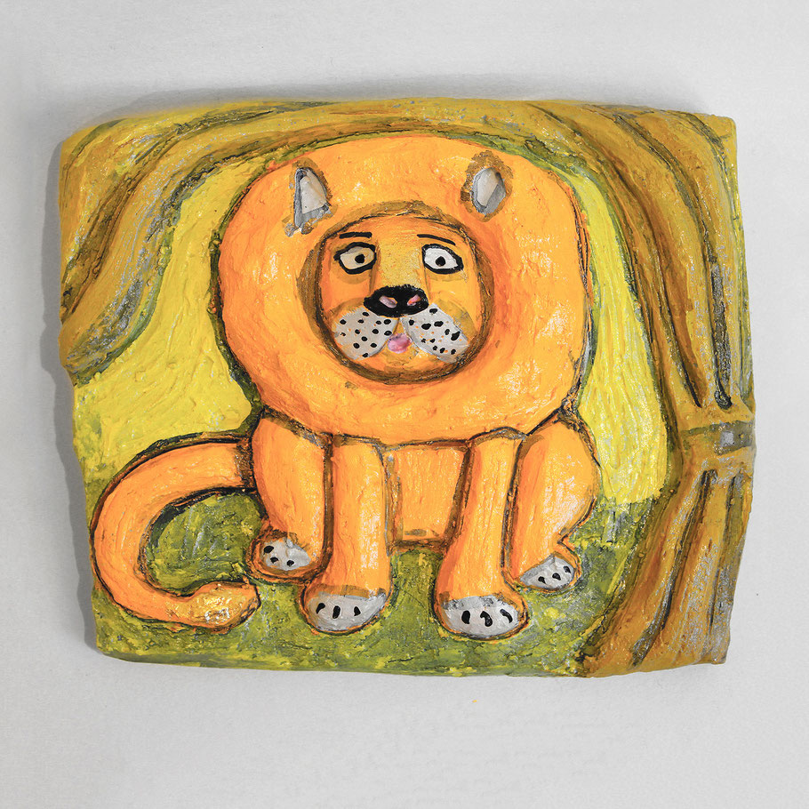 Tierkreiszeichen Leo, Keramik von Susanne Stuwe-Thiel