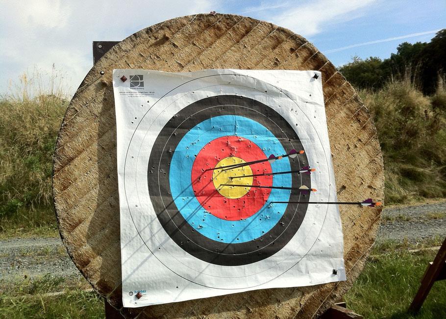 Globus mit Planetenkonstellation