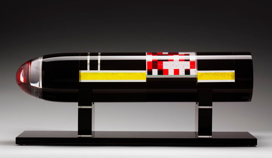 Scud I. | kiln cast, grinded, glued, hand polished glass and mirror | 27 x 70 x 20 cm | 2008 | ● KOGART Contemporary Art Collection
