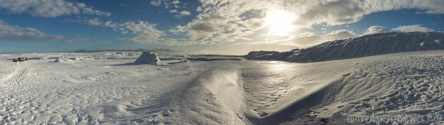 Gletscher,Vatnajökull,Eishöhle,Panorama,island,Jökulsarlon,Eishöhlentour,extreme,Iceland,Superjeep,Winter,Februar,Schnee.